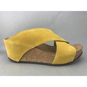 fac4a7df591 Copenhagen Shoes kork sandal m. kryds - gul