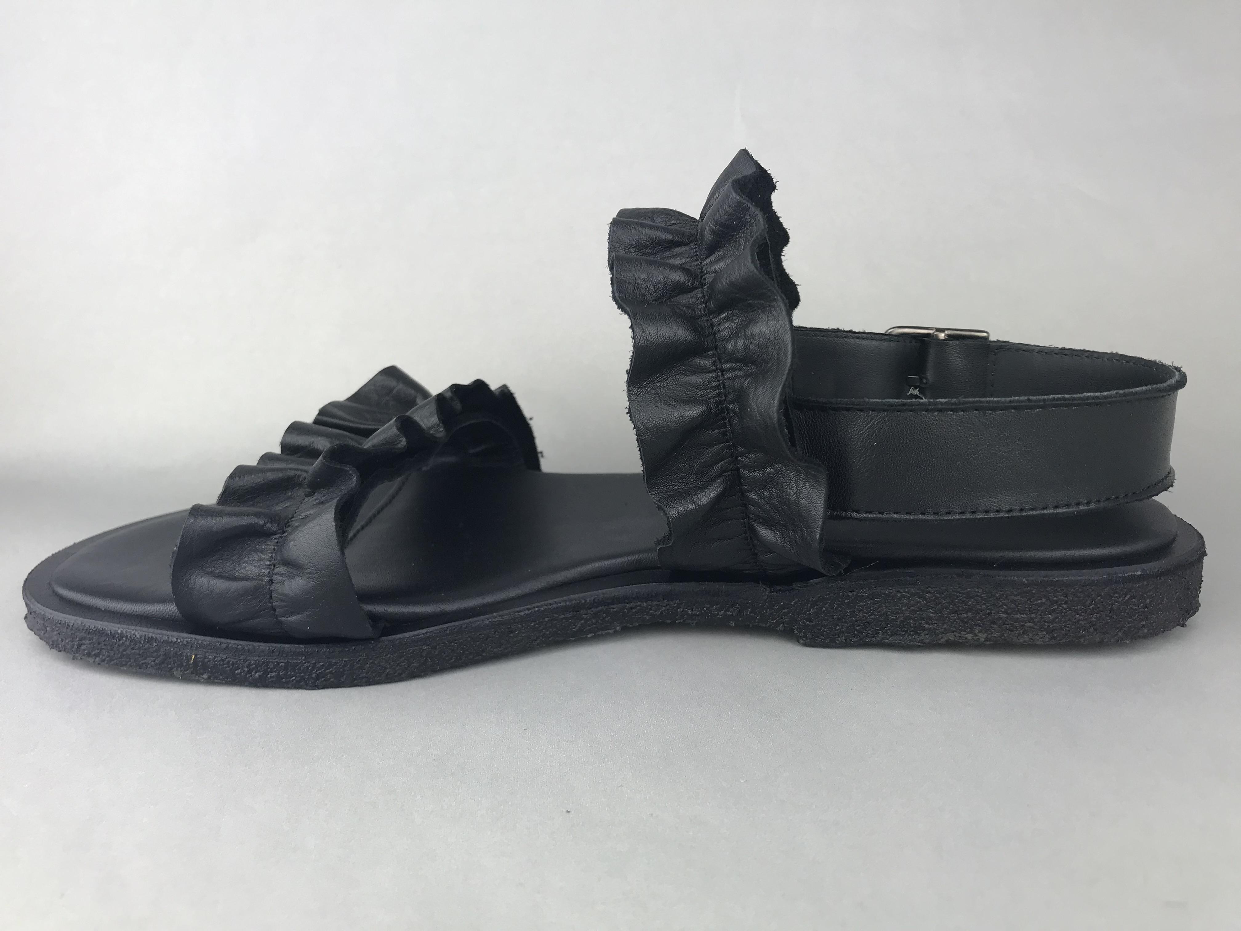 8a6b38c04588 Angulus sandal m. flæse - sort 5558-102 - DAME - zjoos-hjoerring.dk