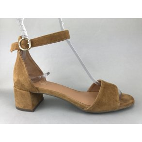 1d0670bbdf4 Billi Bi sandal m. hæl - cognac 6634